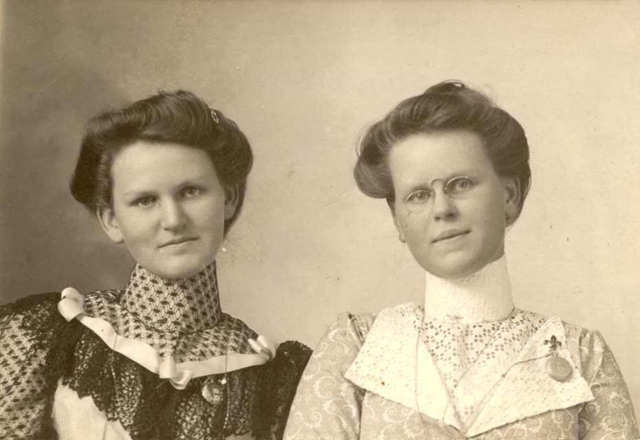 Woodworth Sisters