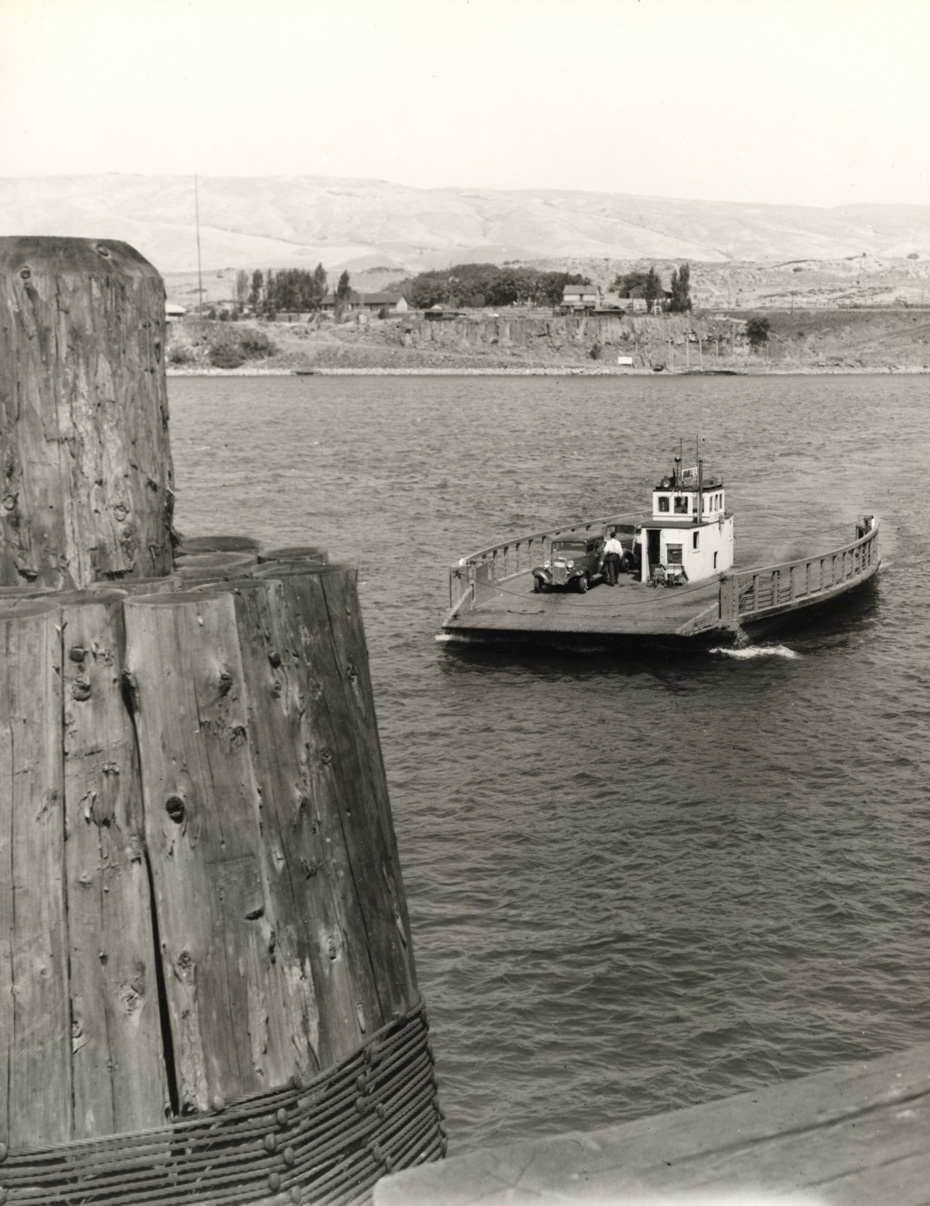The Dalles Ferry, 1940