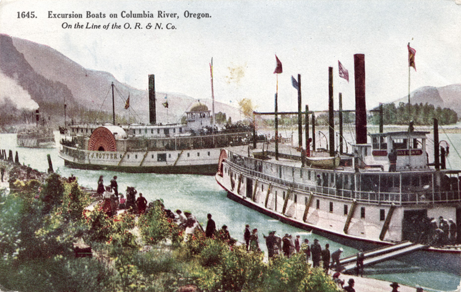 Steamers at Cascade Locks, circa 1908