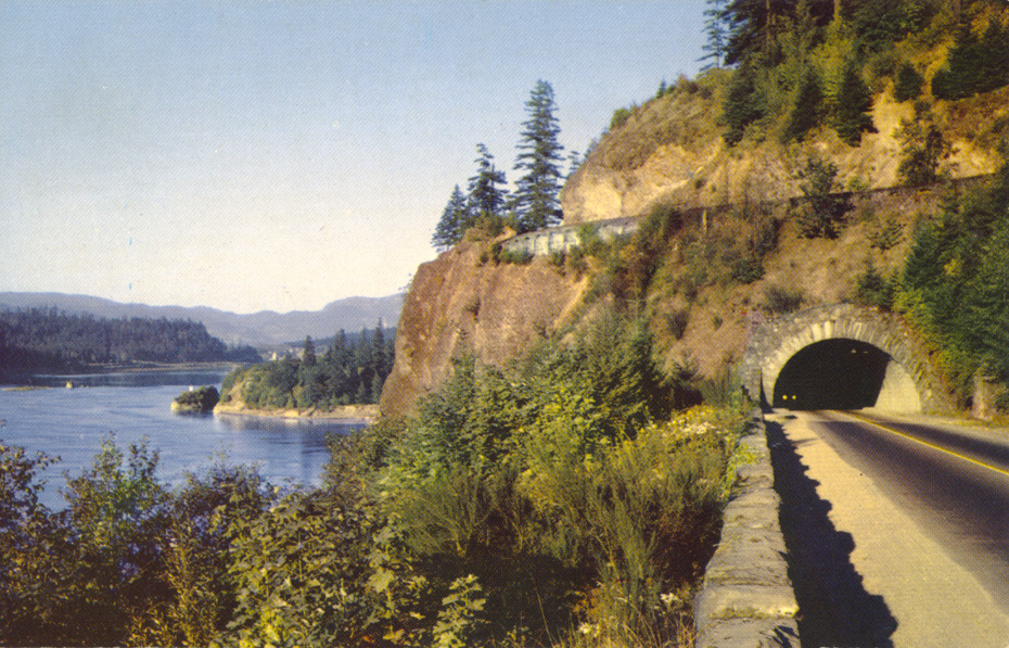 Tooth Rock Tunnel, 1959
